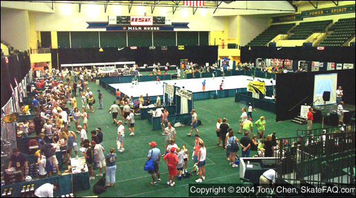 2004 Marathon Expo floor